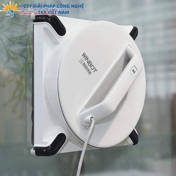 Robot-lau-kinh-Ecovacs-Winbot-950