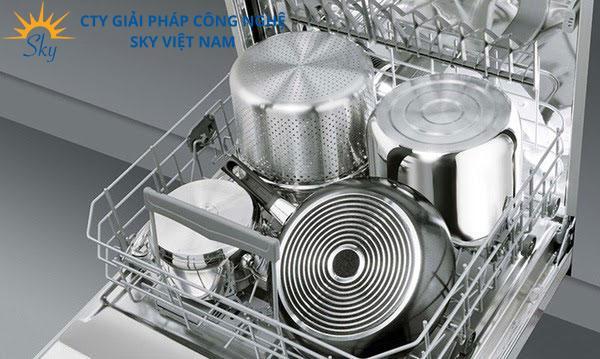 Máy rửa chén bát có rửa được xoong nồi không? sạch không?